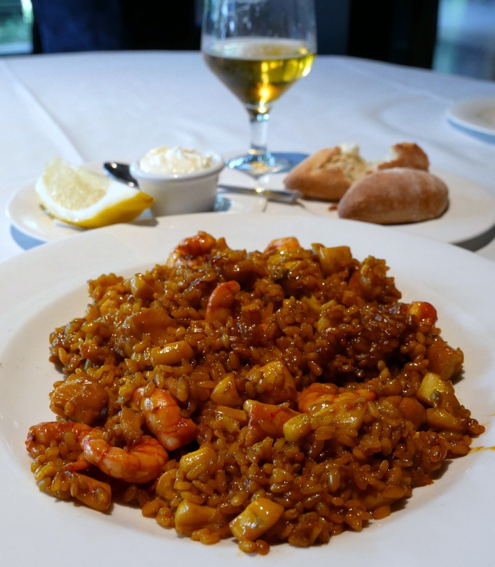 authentic paella valencia